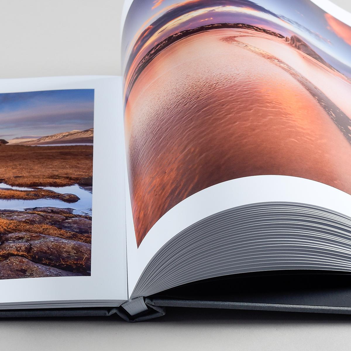 ArtiBook FOUR